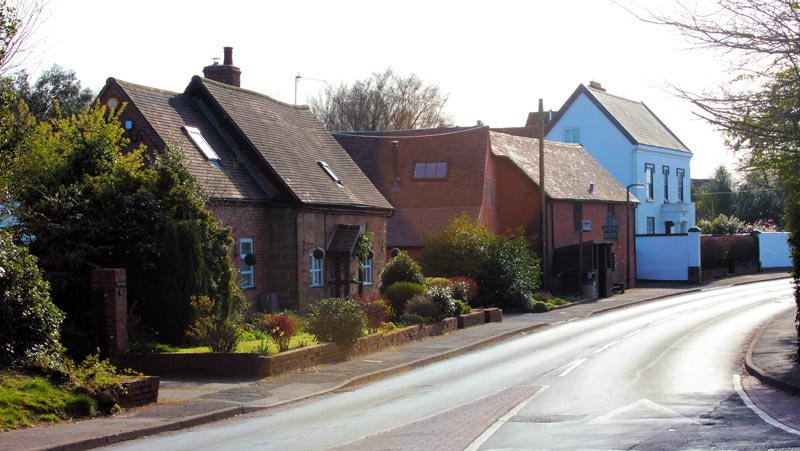 Houses on Alcester Road Burcot